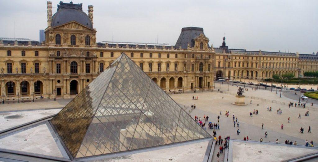 ¿Qué ver al viajar a París? 4 cosas imprescindibles y un postre. 12