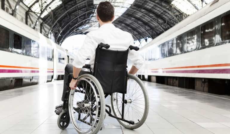 Accesibilidad en trenes Renfe. Servicios Atendo 1