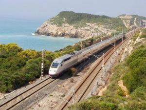 Renfe duplica en octubre las conexiones entre Villena y Alicante 2