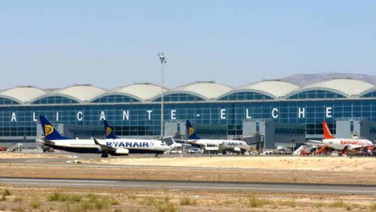 Aeropuerto de Alicante Elche 1