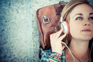 Audio, vídeo y megafonía en tu tren y AVE