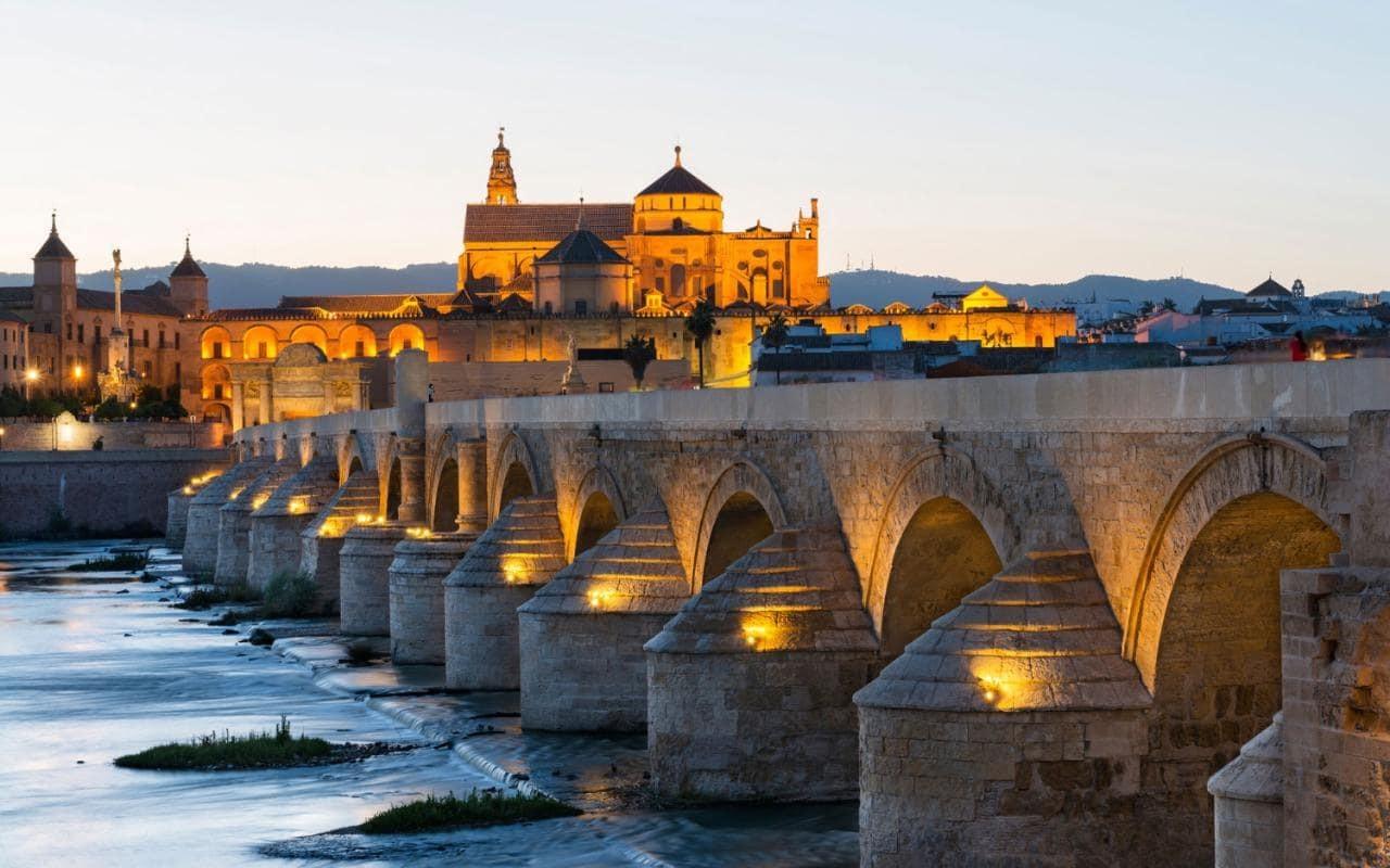 Viajar a Córdoba en AVE y disfrutar de la Feria 1