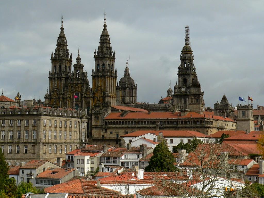 Cascos antiguos e históricos más bonitos de España, descúbrelos viajando en tren. 4
