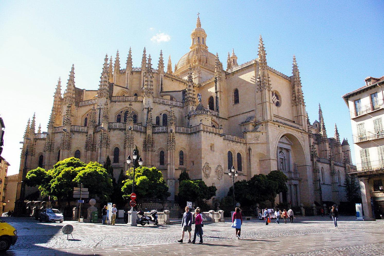 Viajar en tren a las ciudades de España declaradas Patrimonio de la Humanidad 4