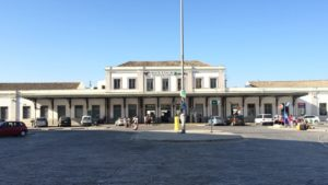 Estación de tren Granada - Andaluces. Como llegar, teléfonos y servicios