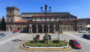 Desplázate entre Santiago y A Coruña a toda máquina 1