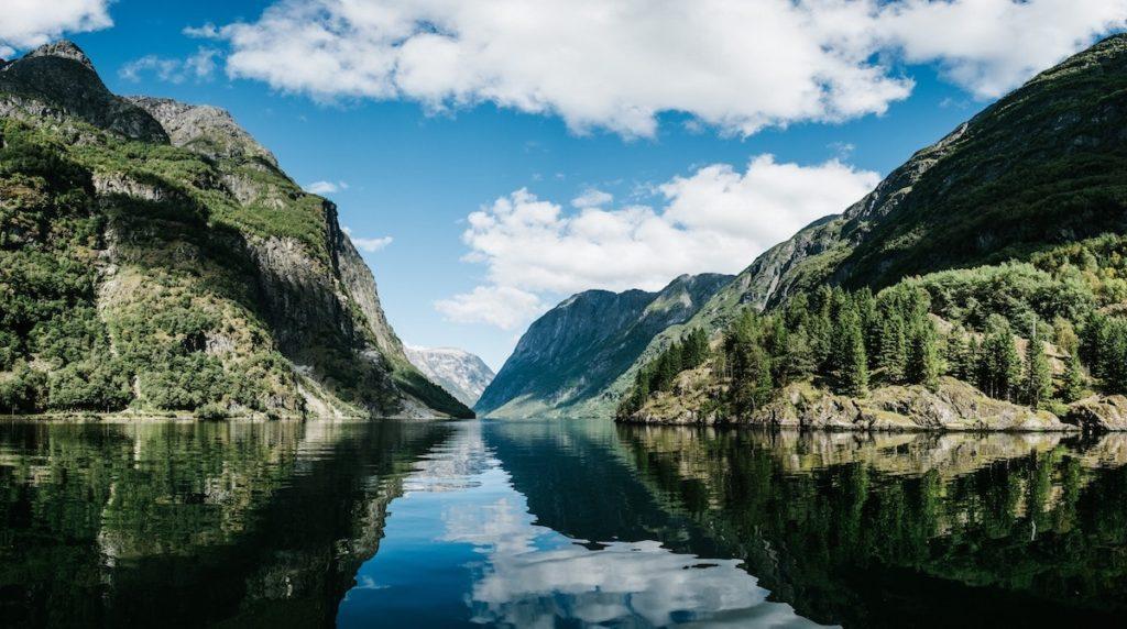Vuela a Noruega y visita sus increíbles fiordo 6