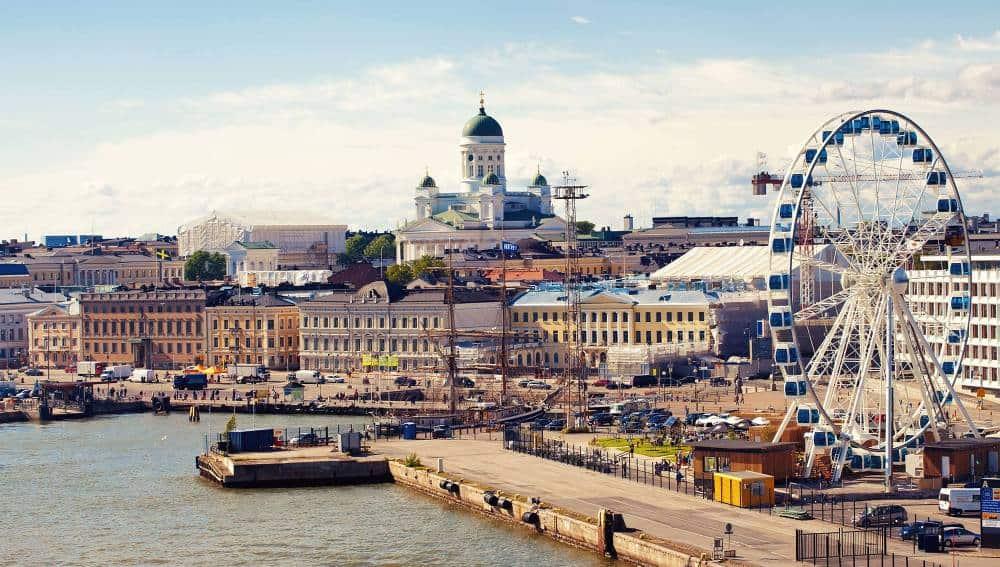 Visita Finlandia y sus lagos en verano 6