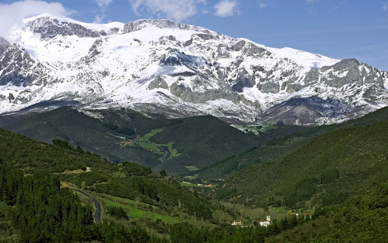 Fin de semana en los Picos de Europa sobre raíles 1
