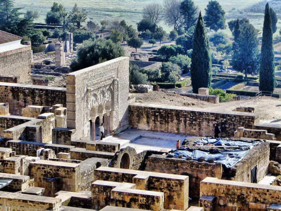 Visitar Córdoba en AVE y conocer medina Azahara