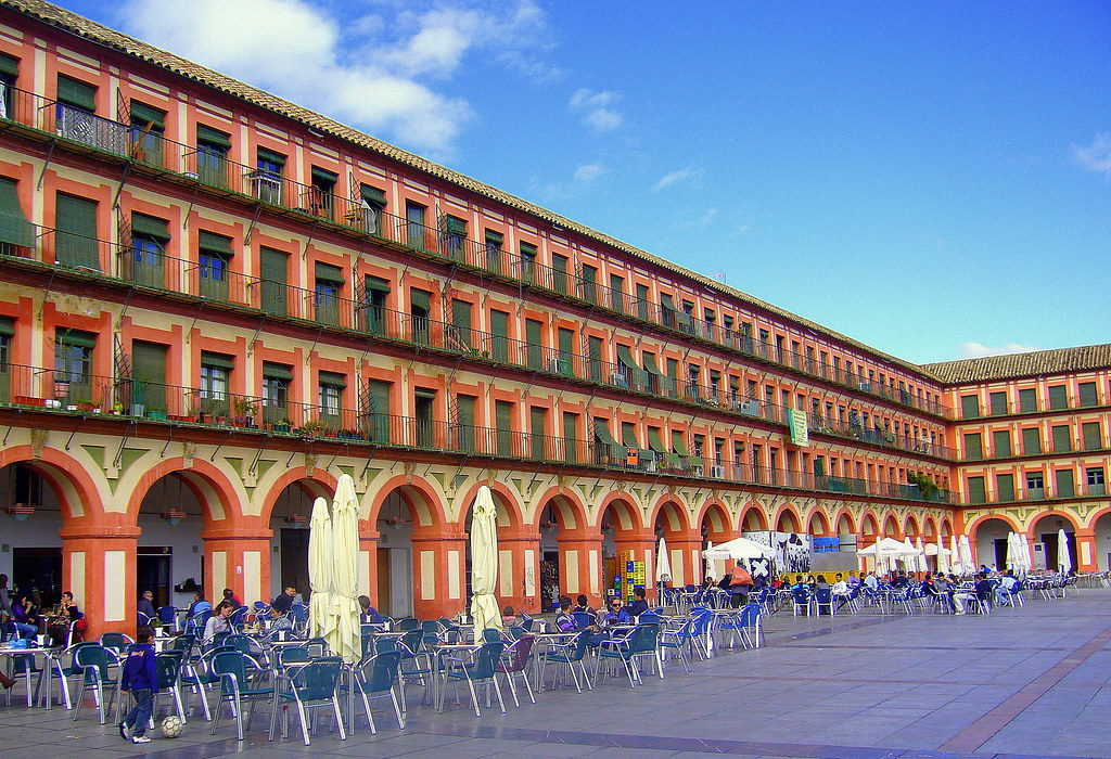 Viajar a Córdoba en AVE y disfrutar de la Feria 5