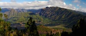 Visitar el Parque Nacional de la Caldera de Taburiente.