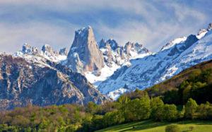 Visitar el Parque Nacional de los Picos de Europa.