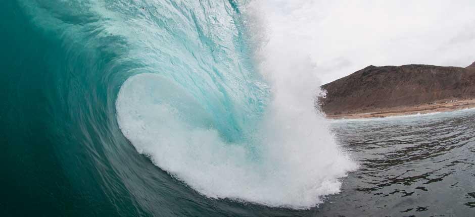 ¿Te gusta el surf? Entonces no puedes dejar de visitar estas playas 7