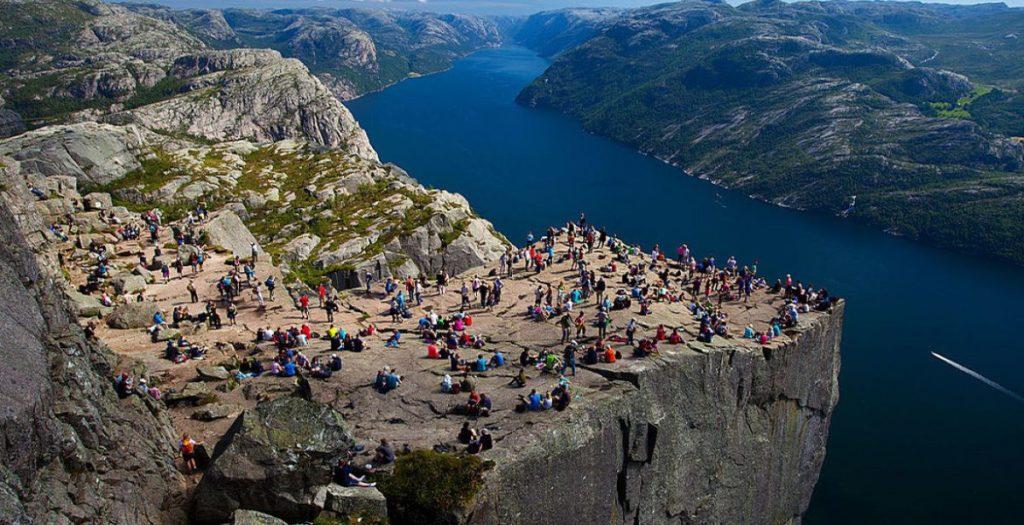 Vuela a Noruega y visita sus increíbles fiordo 5