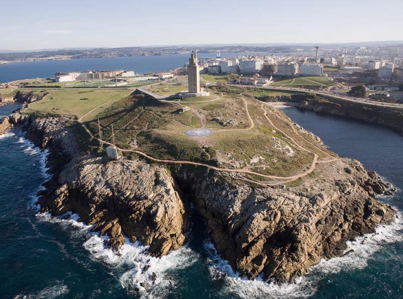 Desplázate entre Santiago y A Coruña a toda máquina 6
