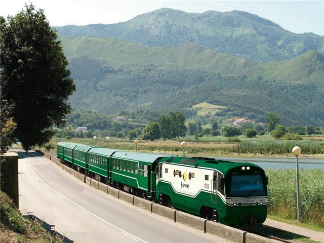 Trenes turísticos, recorre España en un tren de época. 5