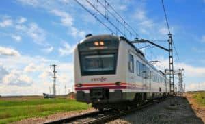 Trucos para ahorrar en tu viaje en tren este verano