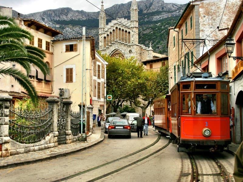 Viajar low cost a Baleares, una experiencia única. 2