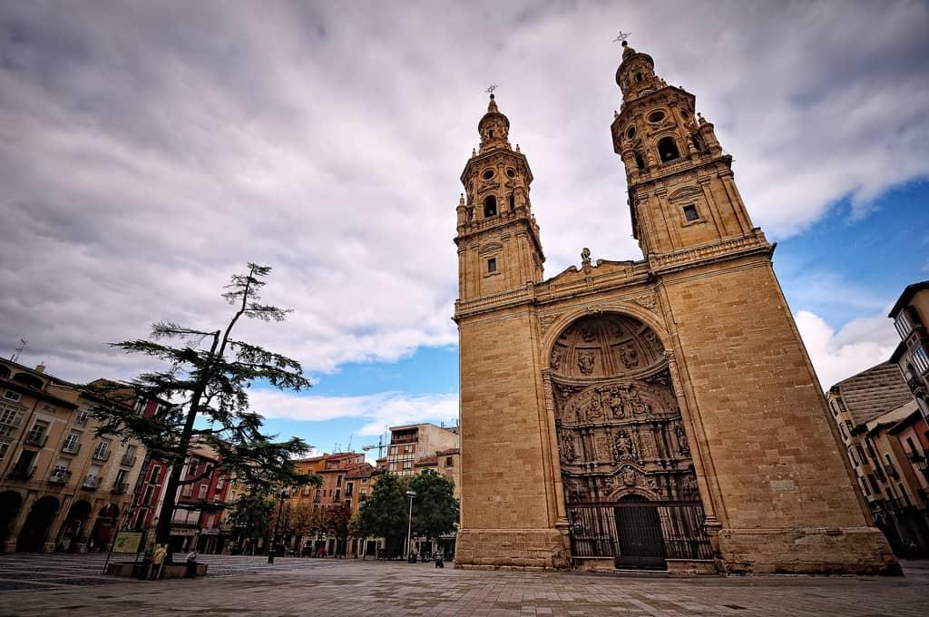 Viajar en tren a Logroño. ¿Qué sitios que no deberías perderte? 2