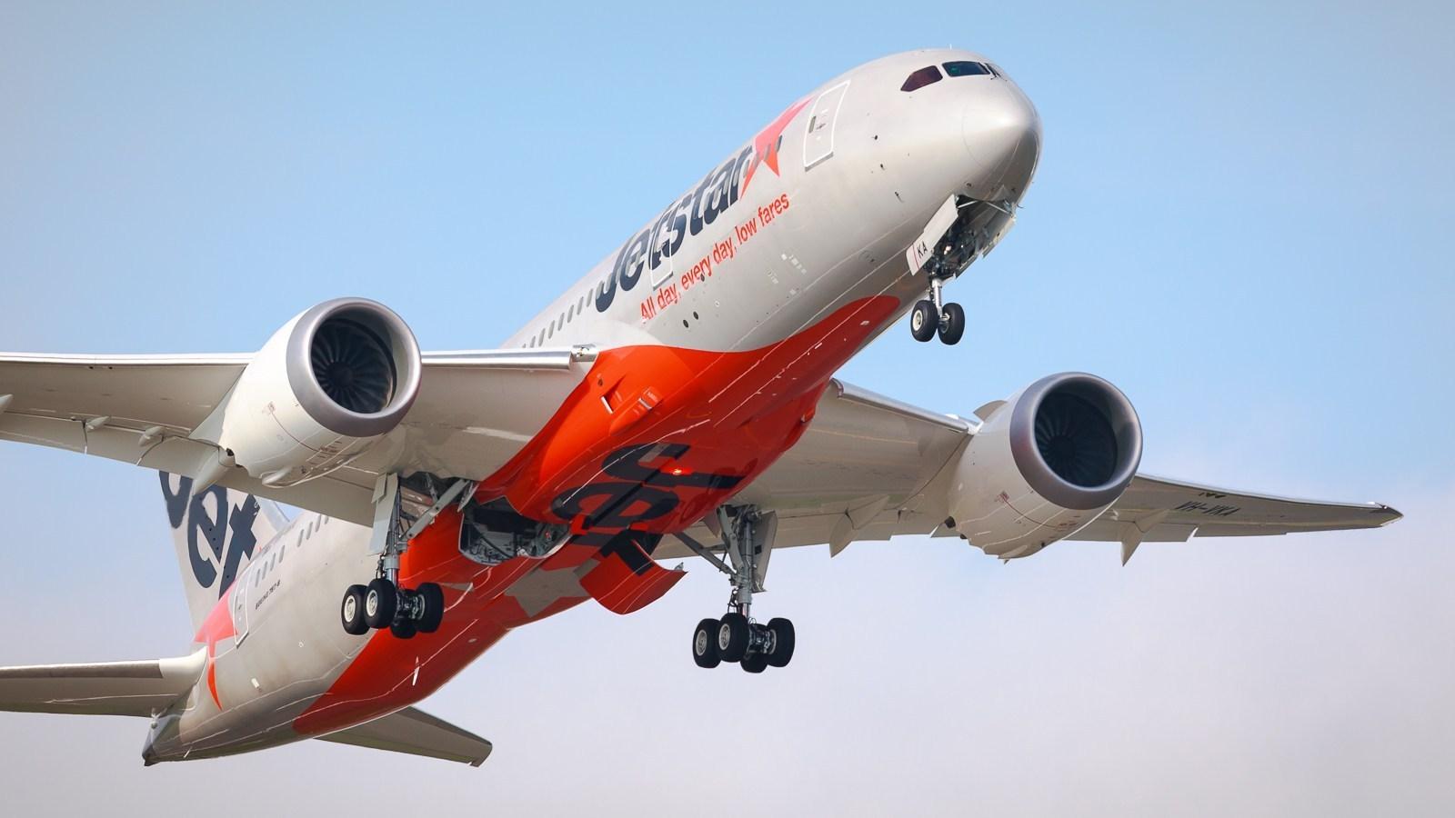 Cómo modificar el nombre y vender tu vuelo con Jetstar 2