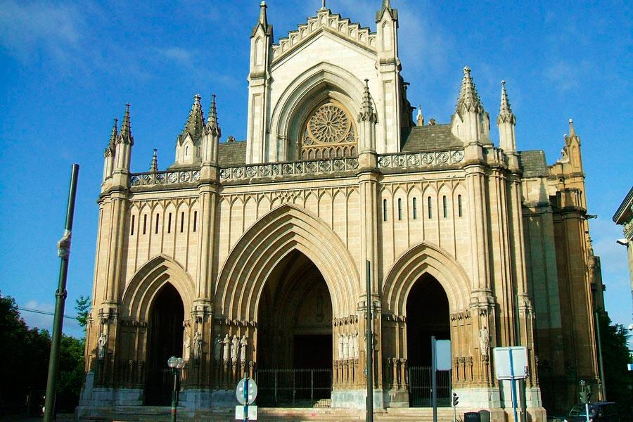 catedral de maria inmaculada de vitoria