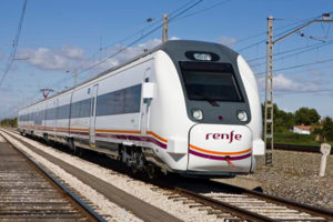 Renfe duplica en octubre las conexiones entre Villena y Alicante