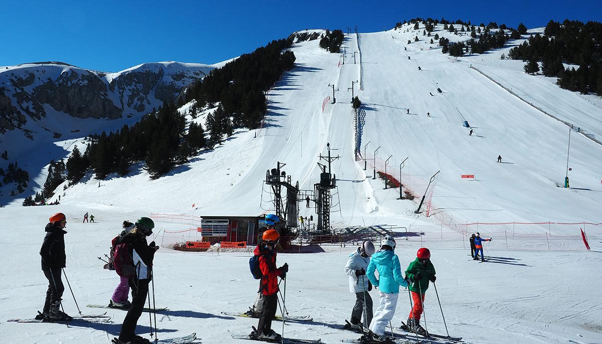 Conoce las 6 mejores estaciones de esquí españolas y como llegar en tren o AVE 2