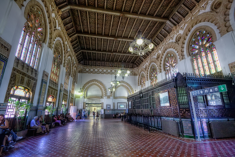 Las estaciones de tren más bonitas de España 1
