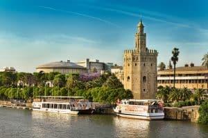 El mejor fin de semana en Sevilla viajando en tren AVE