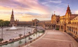 Las 5 plazas más bonitas de España que tienes que visitar viajando en AVE