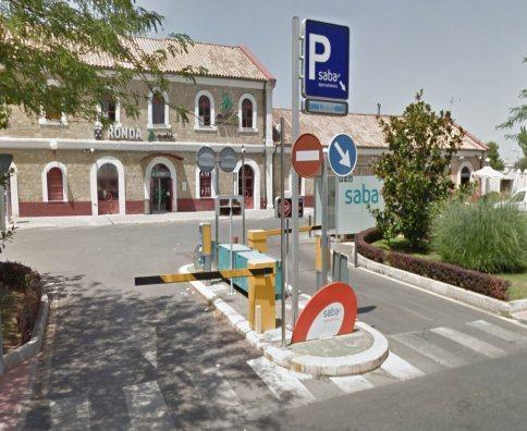 Como conseguir aparcamiento gratis al viajar en tren o AVE en estaciones Renfe 4