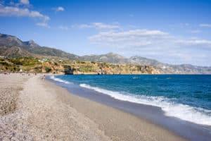 Vacaciones en Málaga, descubre la costa del Sol en trenes AVE 3