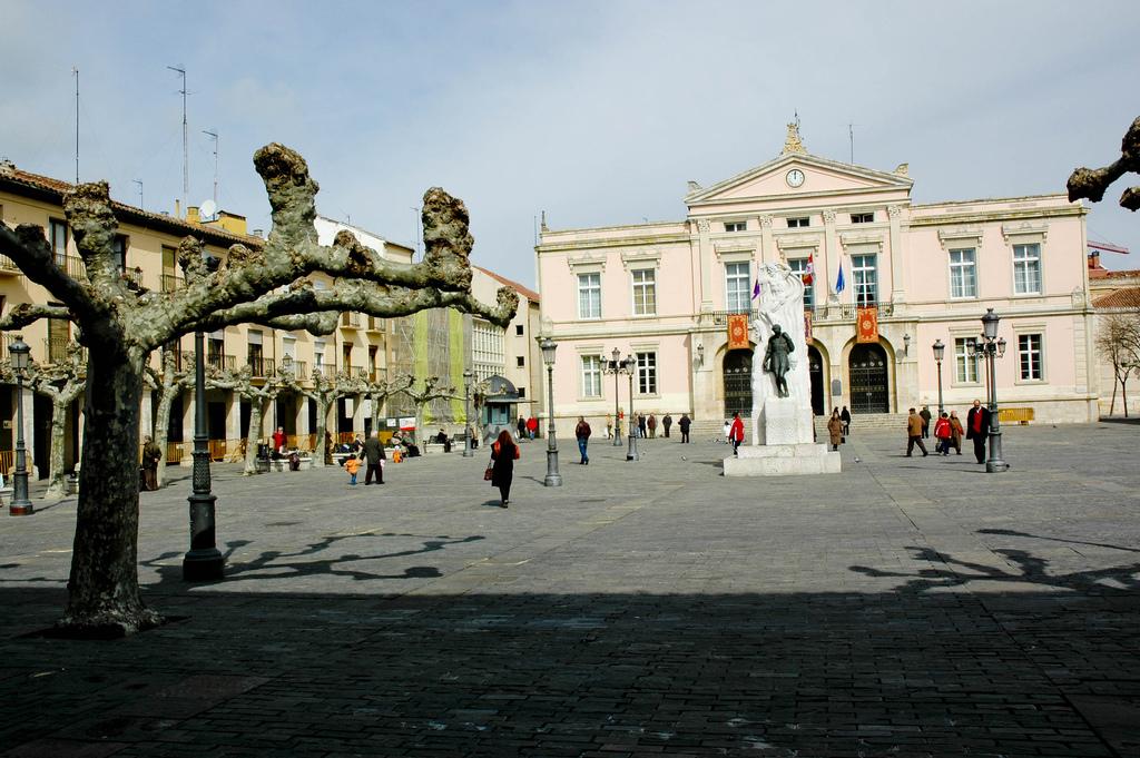 ¿Qué ver en Palencia? Descubre viajando en tren esta hermosa ciudad. 1